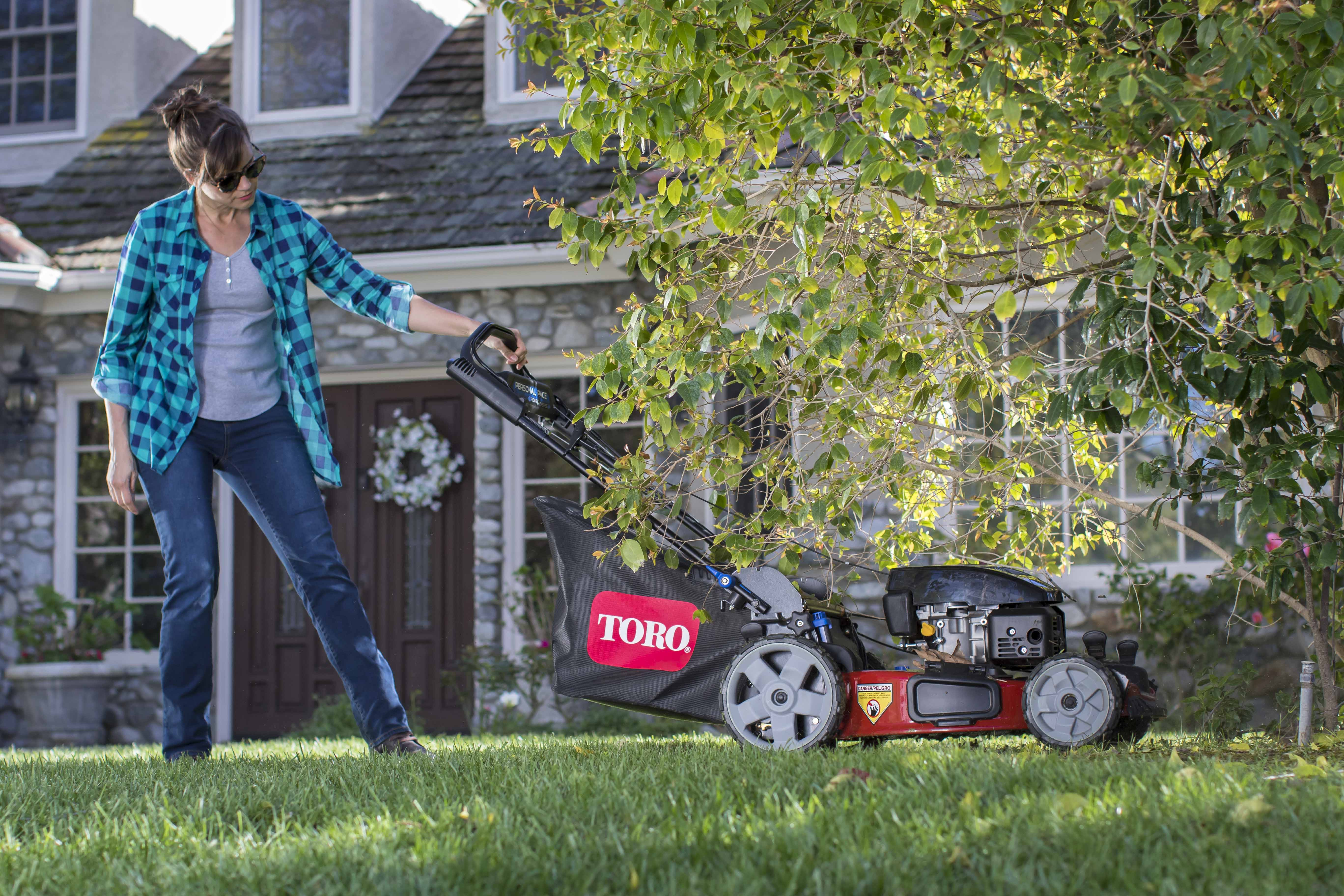 Toro Introduces Recycler® PoweReverse® Personal Pace® Mower