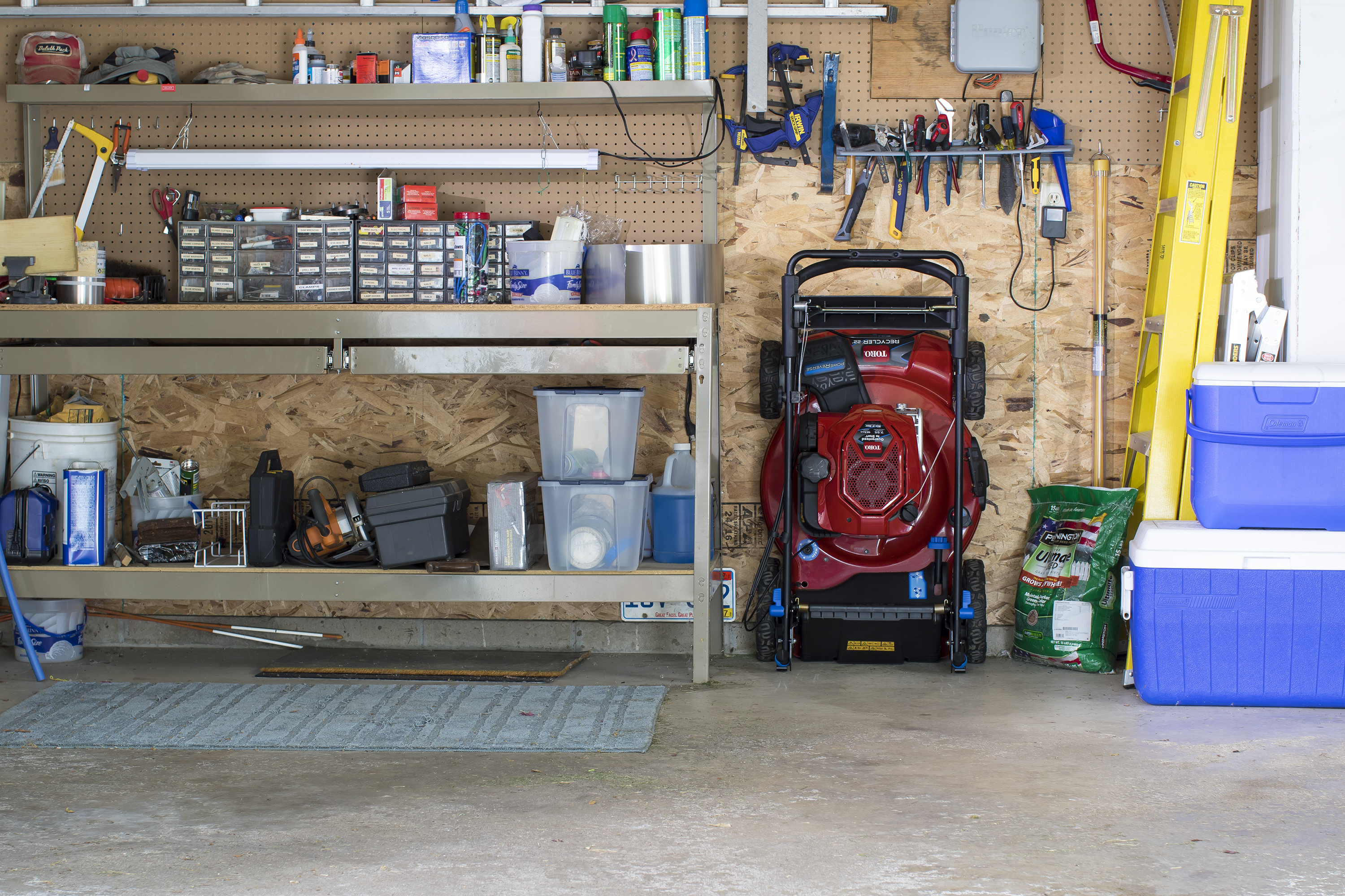 Homeowners Reclaiming Storage Space with Toro Recycler® Mower with SmartStow™