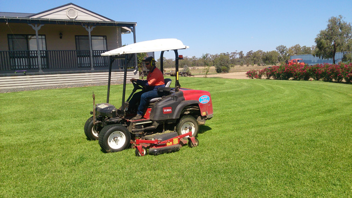 Toro® Groundsmaster® mowers stand up to the toughest of conditions